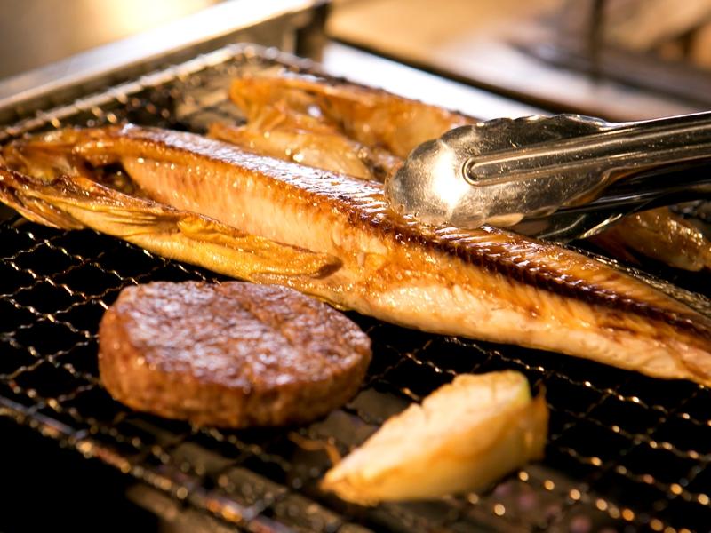 【お食事処 北番屋】メイン料理は焼き立てを堪能できます(メニュー一例)