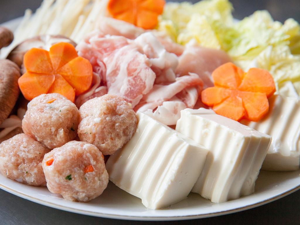 【十人十鍋フェア】野菜や一口団子など、具材は16種類ご用意!(イメージ)