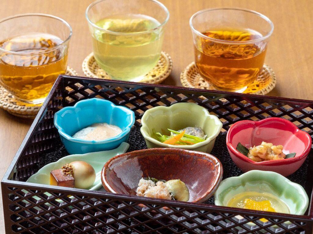【早紅葉】食前茶&前菜(変更の場合あり)