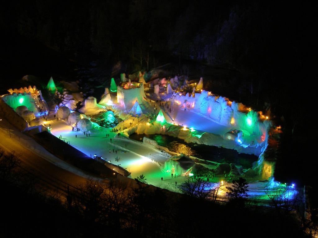 氷瀑まつりは2019年1月25日(金)〜3月17日(日)開催
