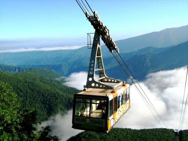 【黒岳ロープウェイ】層雲峡の峡谷や大雪山連峰の雄大な風景を一望!