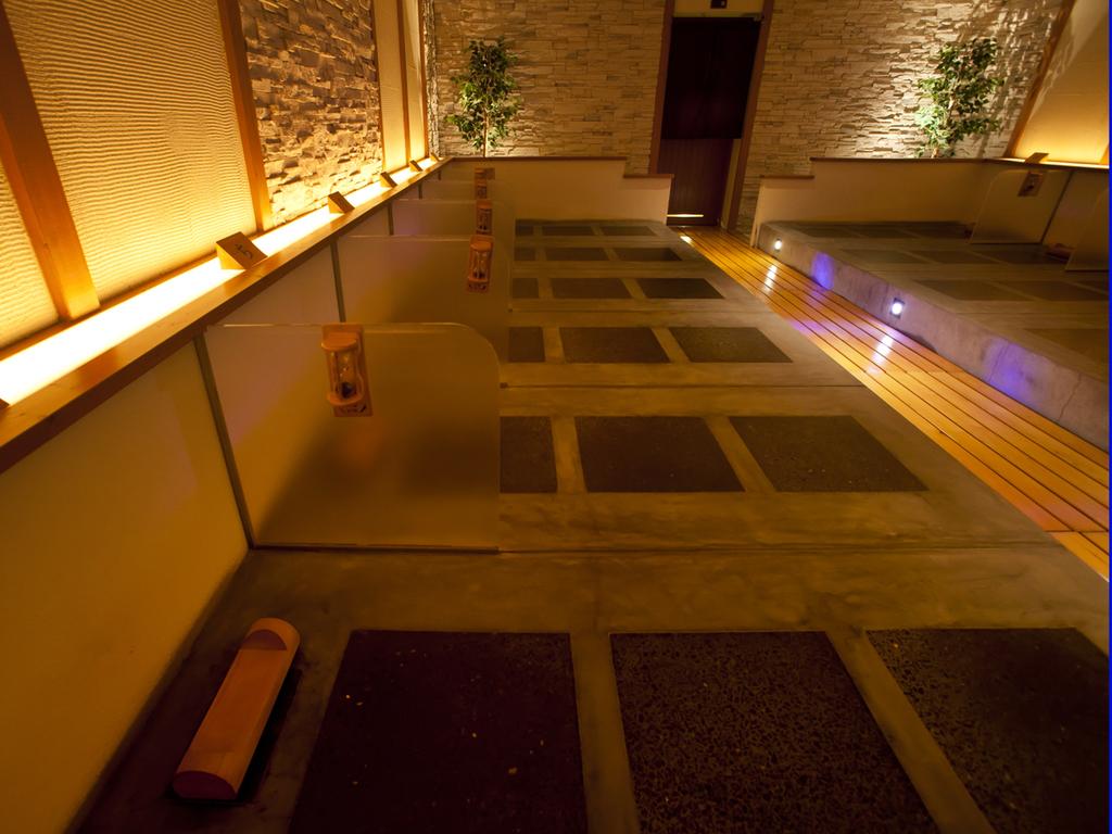 【岩盤風呂】営業時間 15:00〜24:00(受付終了23:00)