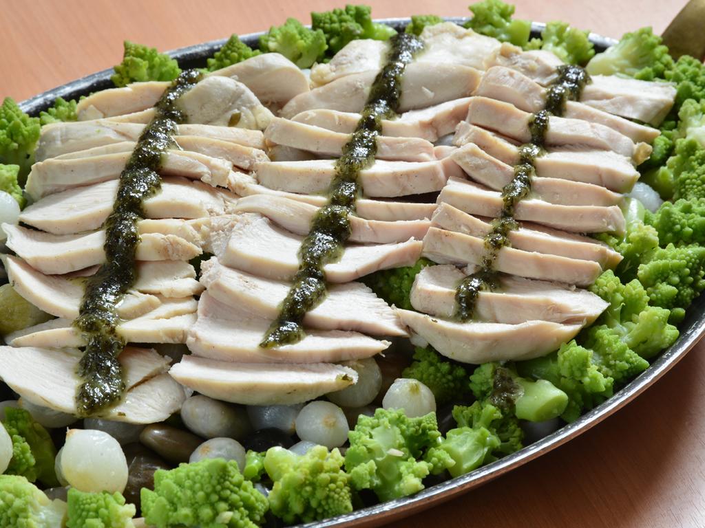 【12〜3月/市場めし】鶏むねのモダン蒸し
