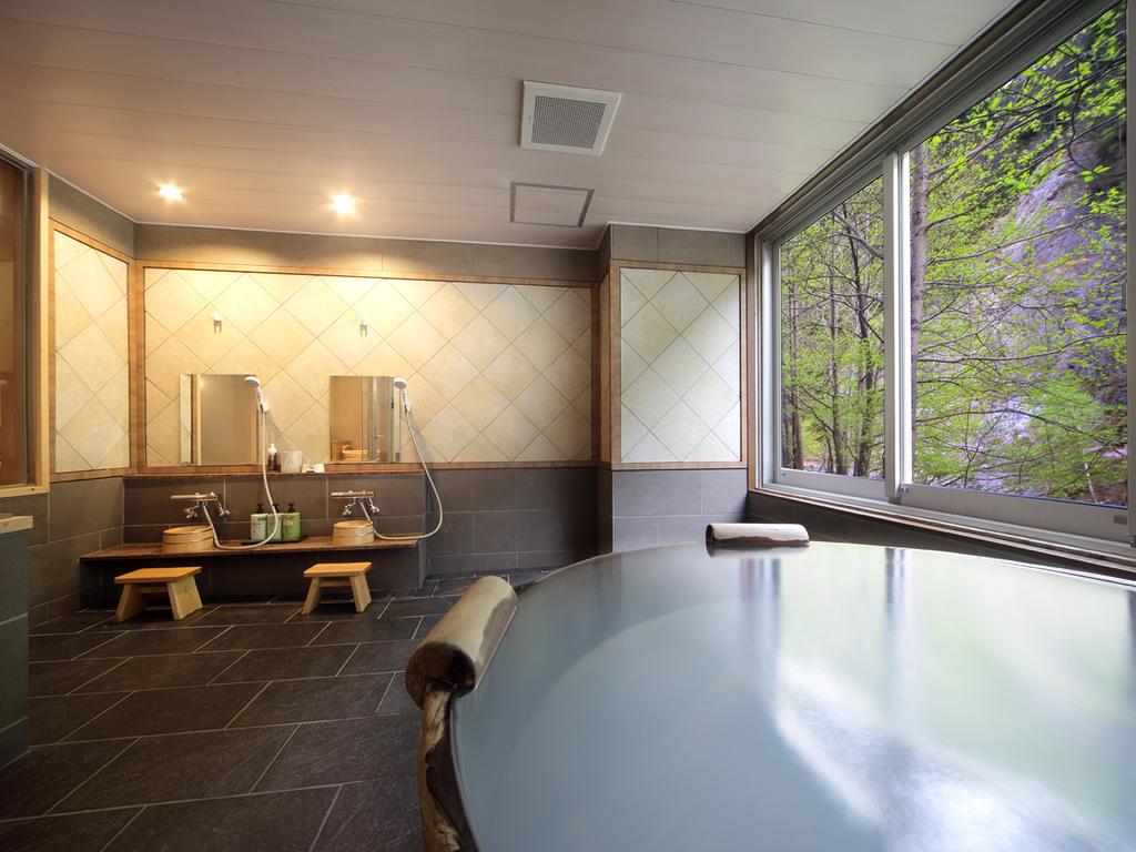 【貸切風呂 ゆーから】プライベートな空間で白濁温泉を楽しめます