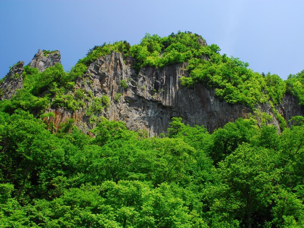 大自然が作り出した荒々しい景観