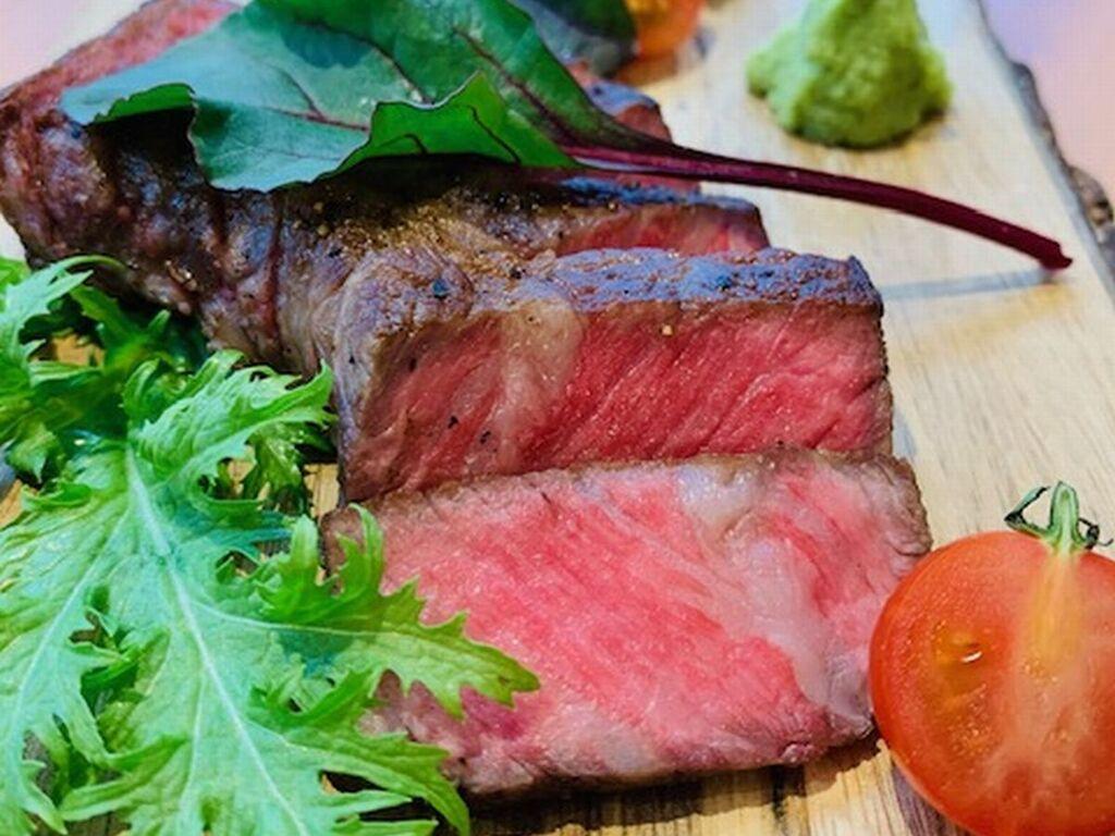 【月曜日】国産牛のステーキ ※イメージ