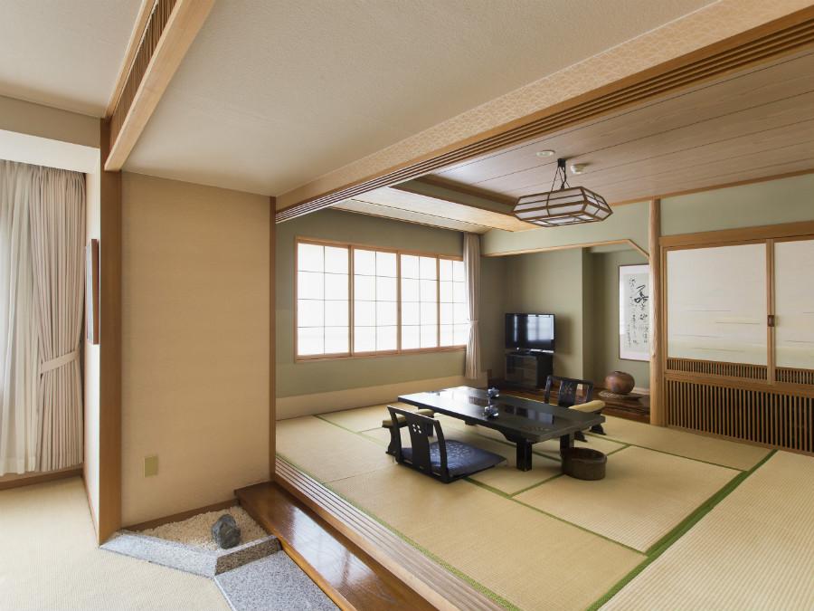 特別室の和室スペース。足を伸ばしてくつろげます。
