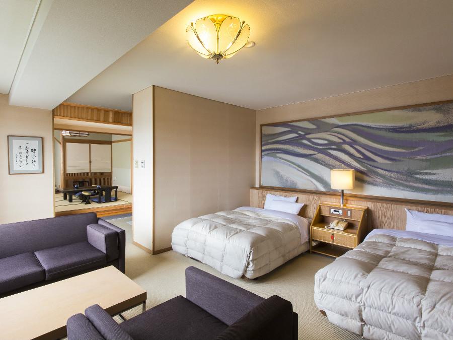 特別室は通常のお部屋よりもベッド幅が広く、マッサージチェアも設置。