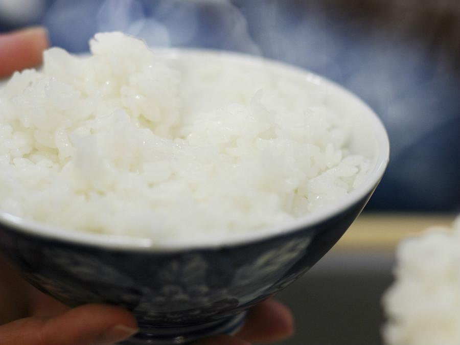 朝はやっぱり炊き立てのご飯!ご飯にぴったりのおかずも種類豊富です。