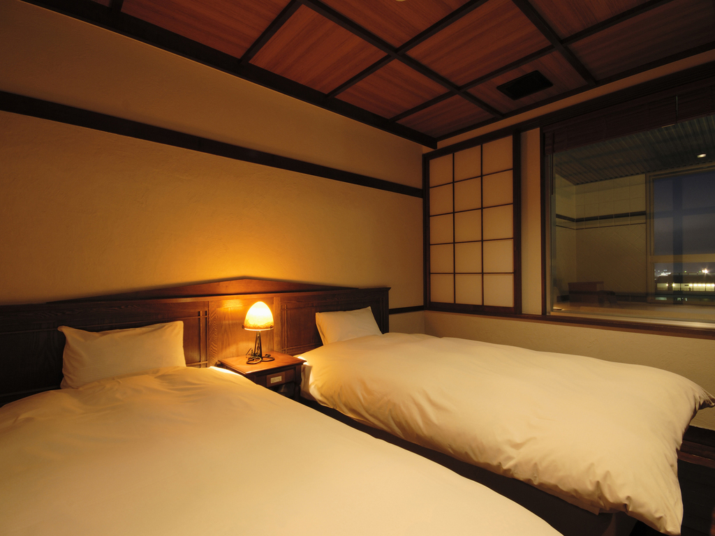 【WAMODERN】大正浪漫溢れる和モダン客室。