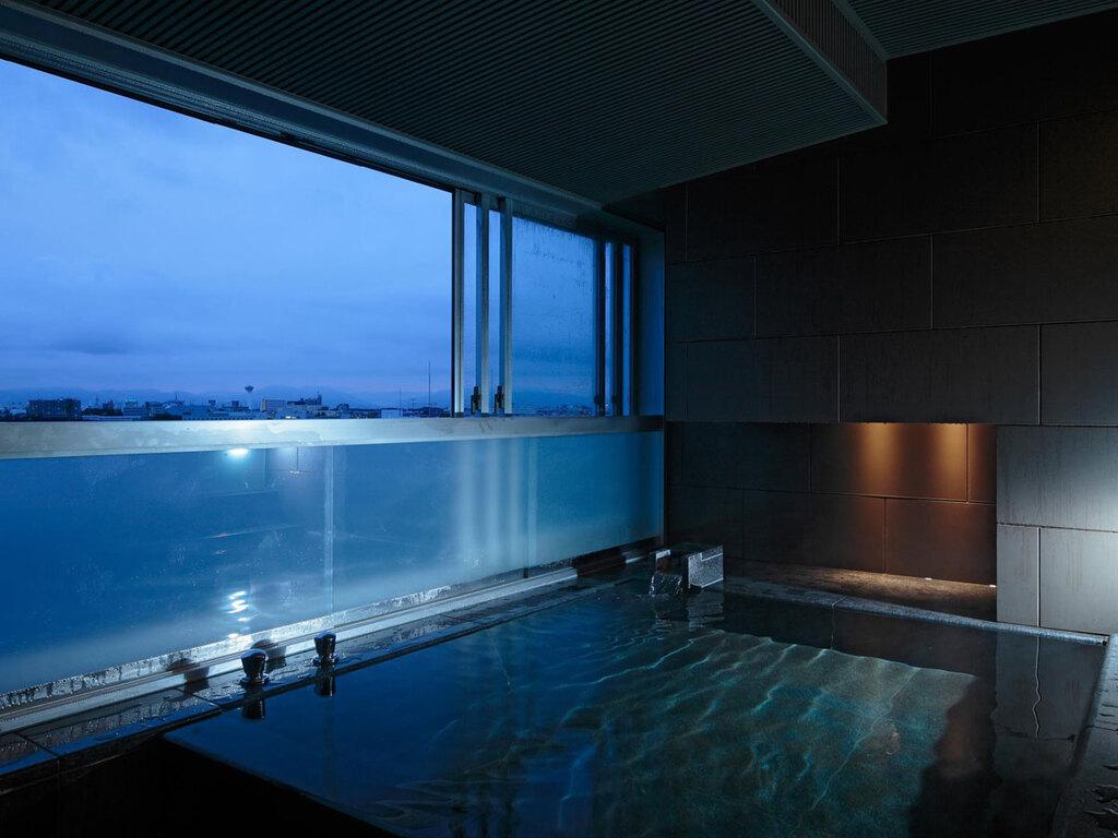 【SUITE】趣向を凝らした専用の展望風呂で自分だけの温泉を愉しむ贅沢