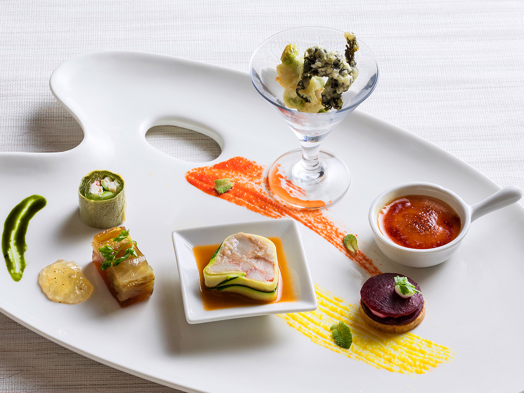 【ZEN・春】フォアグラやウニを贅沢に使って、北海道の山菜・春野菜を遊び心溢れるアレンジで。