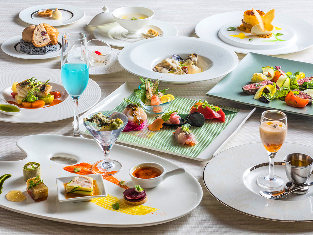 【ZEN・秋】道産牛ホホ肉やブイヤベースなど、北海道食材のフレンチ&イタリアンのフルコースです。