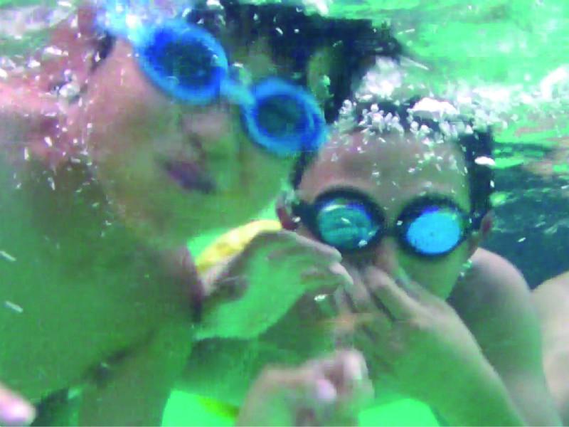 【温泉ビーチ】プール遊びはやっぱり楽しい