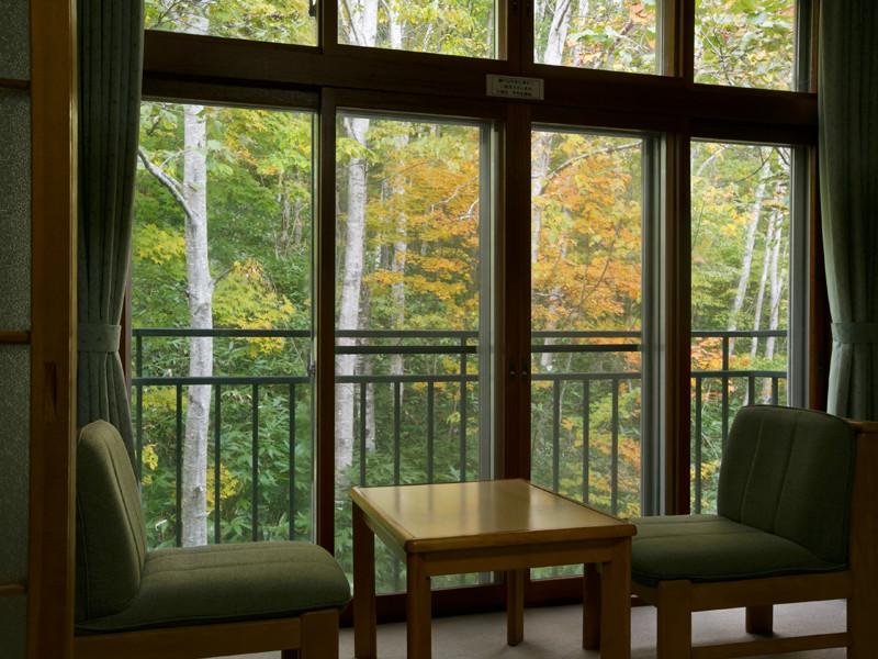 【和室】窓からの眺め