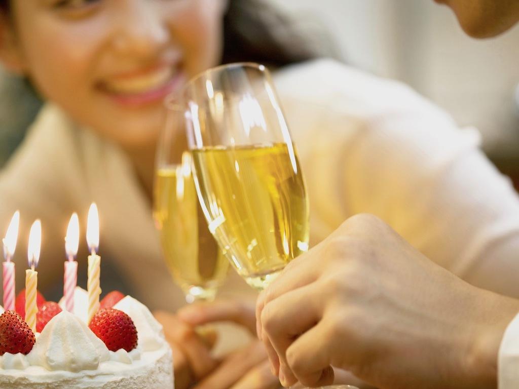 大切な方との記念日を(ケーキは別途ご手配可能です)