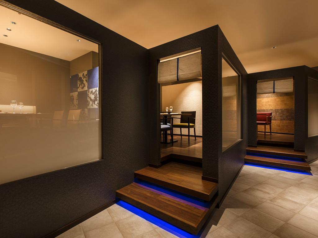 【Blue Seasons】3つの個室席を設けており、室内のデザインも異なります。