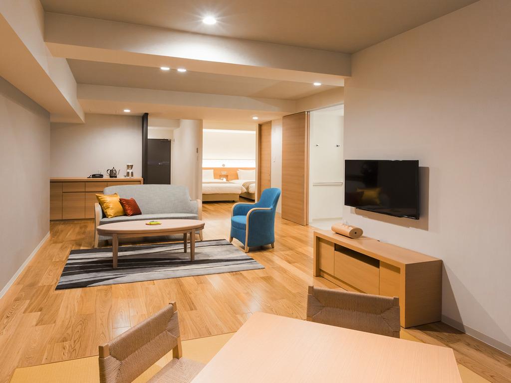 【展望風呂付き 平成モダン和洋室】客室によりレイアウトやインテリアは様々です。