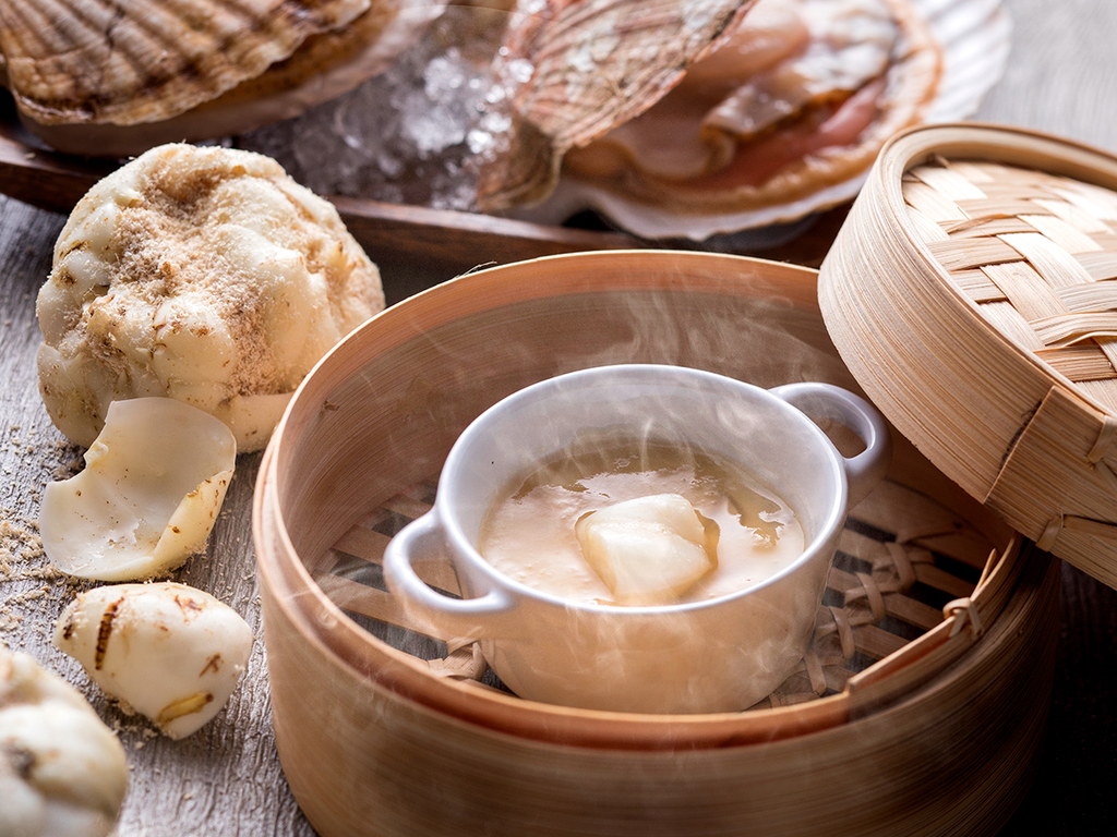 【夕食バイキング一例】ホタテとゆり根の茶碗蒸し(季節によって変更の場合有り)