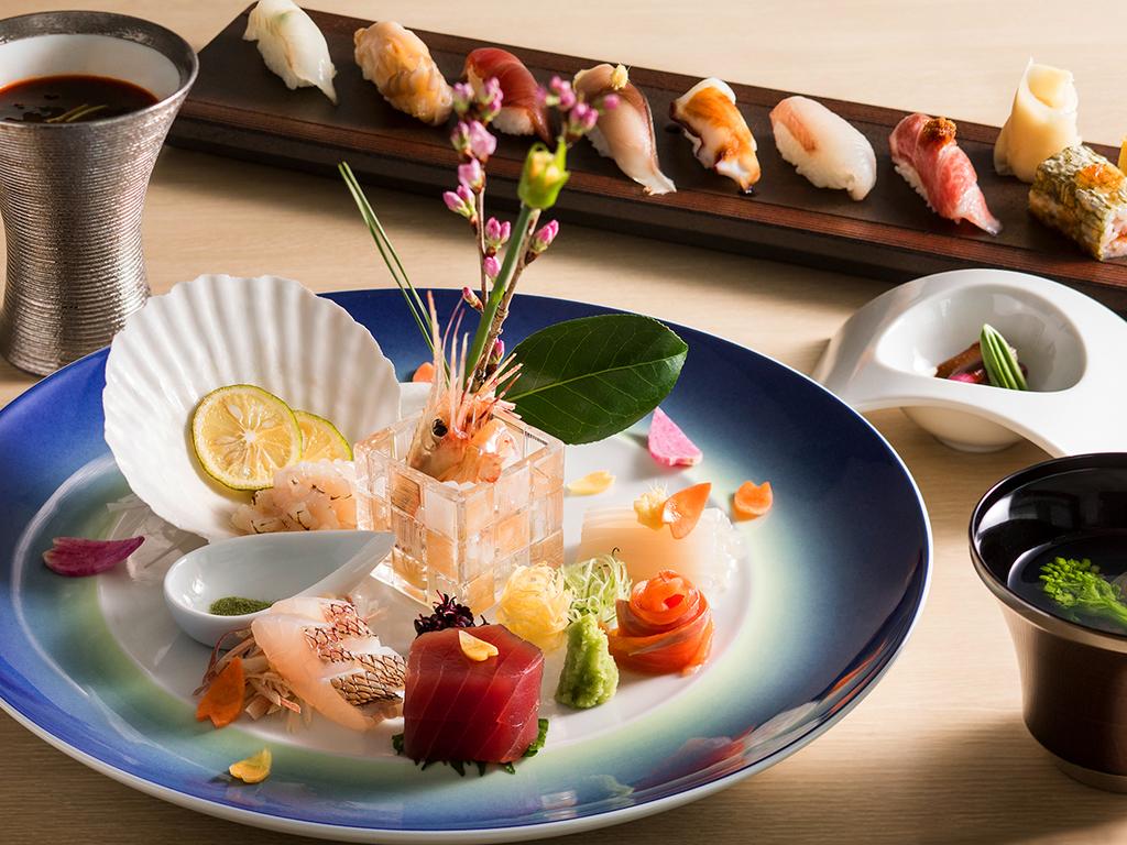 【2018年春・会席一例】お造りや寿司、洋風メニューもお楽しみ頂ける会席コースです。