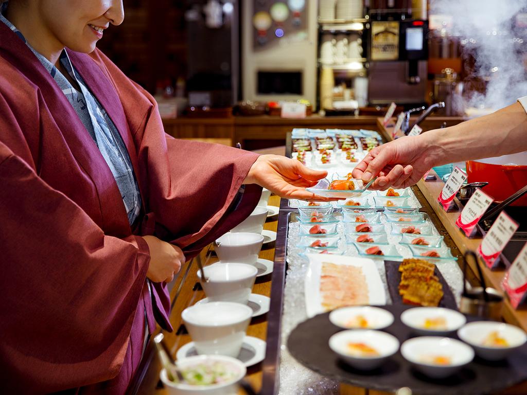 【青函市場一例】いつでも出来立てのお料理をご用意してお待ちしております。