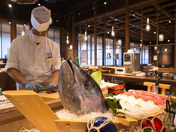 【青函市場一例】旬の魚介を厳選。バイキングで存分にお楽しみ下さい。(季節により変更)