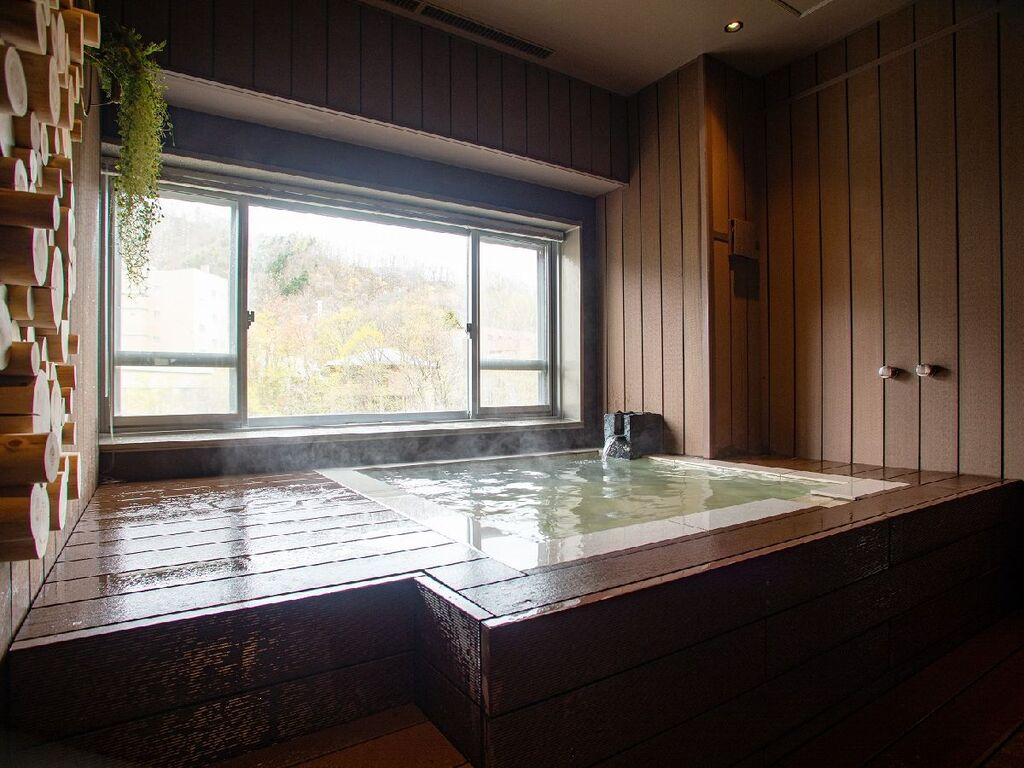 貸切風呂「山渓の湯」