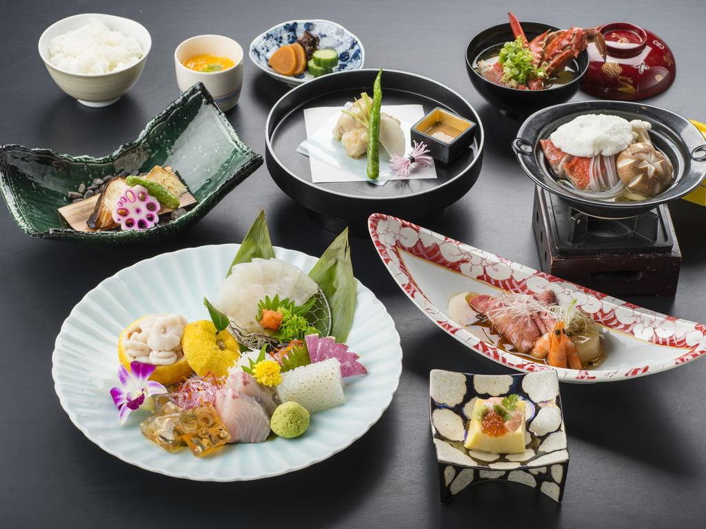 """「""""夏""""の創作料理 和コース 『夕凪-yunagi-』」夕食例"""