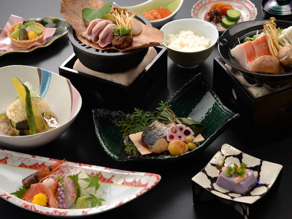 "「""夏""の創作料理 和コース 『彩-irodori-』」夕食例"