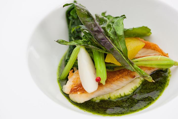 近海魚のポワレ/料理一例