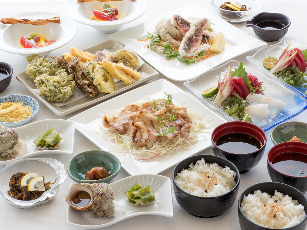 沖縄卓盛料理〜まーさんコース