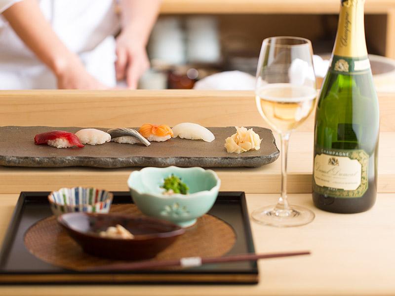 薪の音での宿泊+お酒を楽しむためのお寿司「かた田」外食プラン