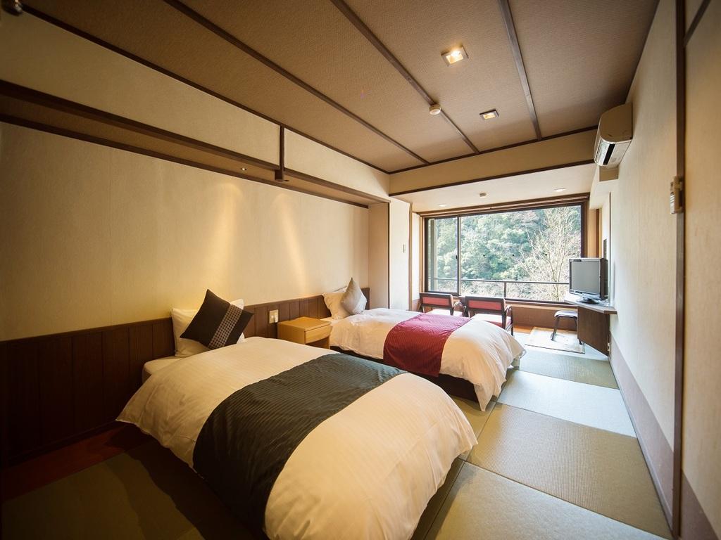 和室10畳ツインベッド一例