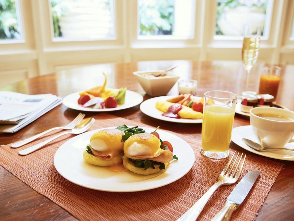朝食 大阪 リッツ カールトン