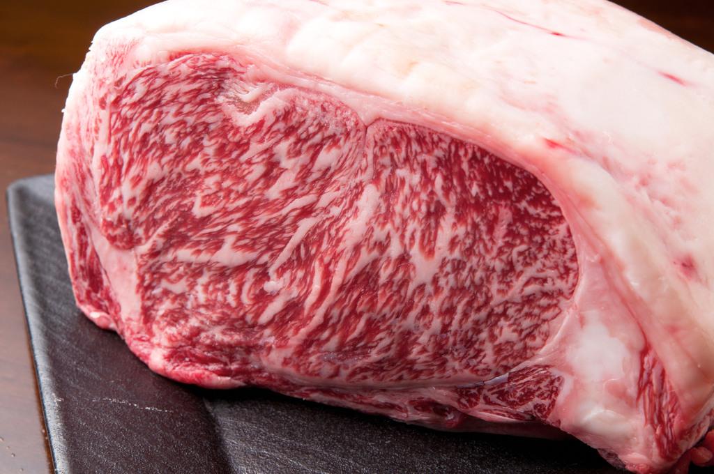「あたらしいおいしさの基準」をクリアした、食味(香り・食感)に優れた長野県産トップブランドの牛肉です※イメージ