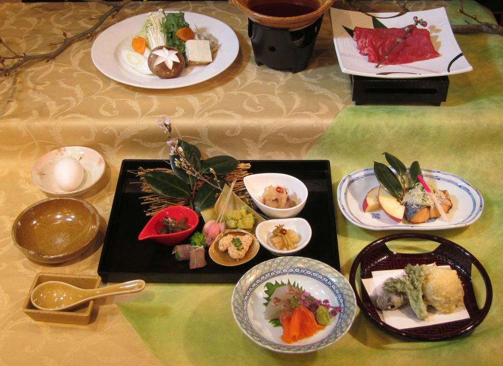 夕食:春料理一例