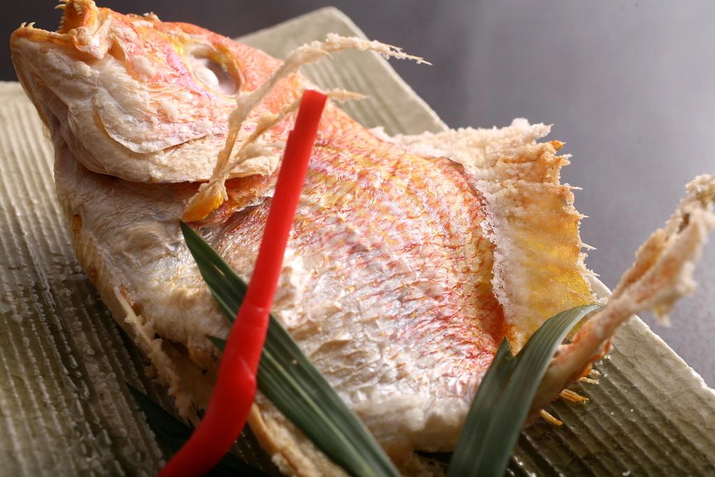 お祝いといえば鯛塩焼き