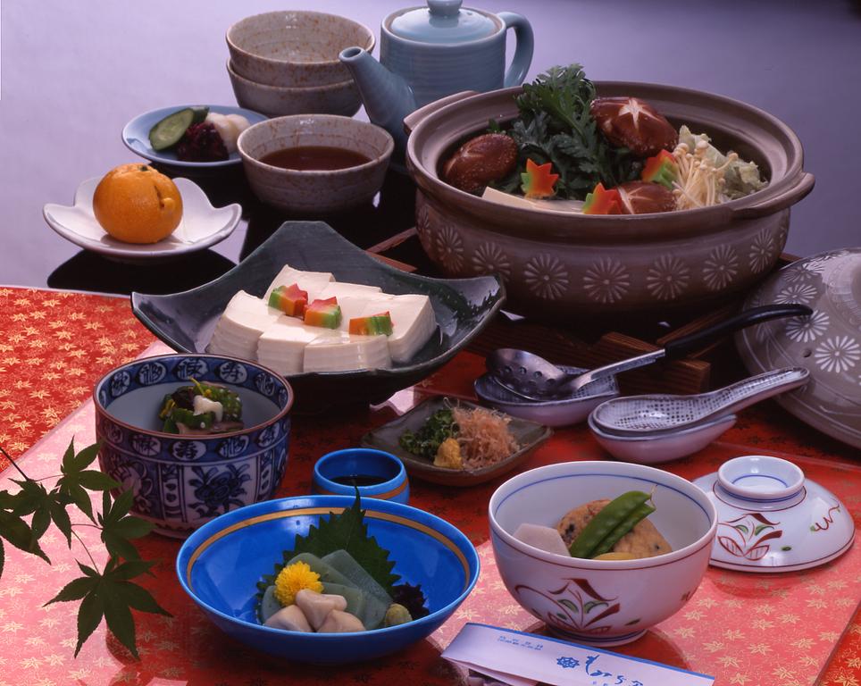 湯豆腐(竹コース)「豆腐は4人前」