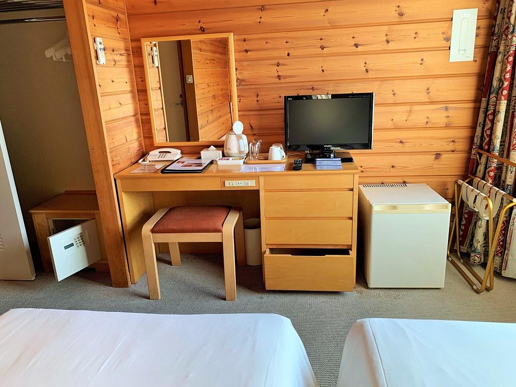 2階山側ツインルーム