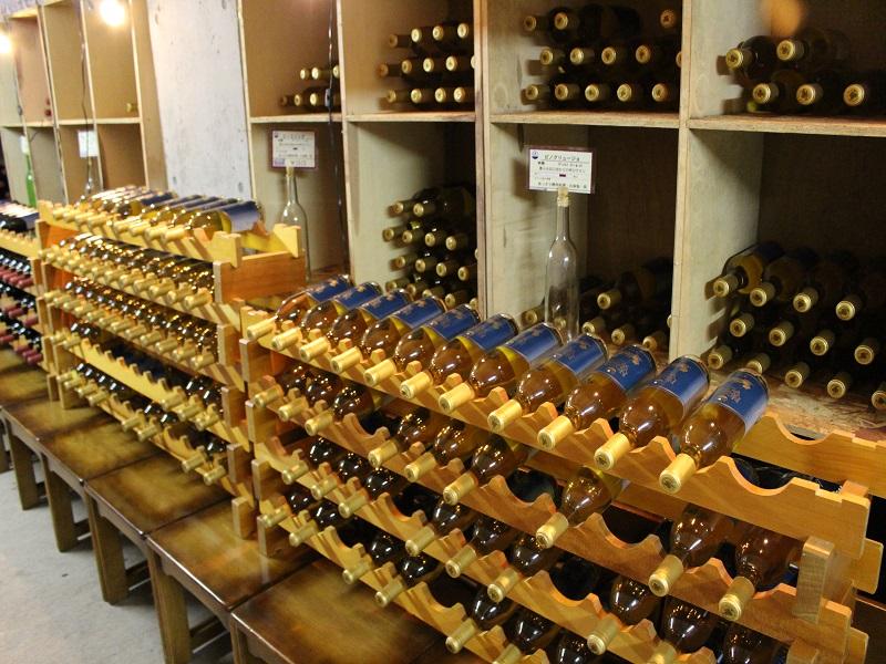 併設のワイン工房