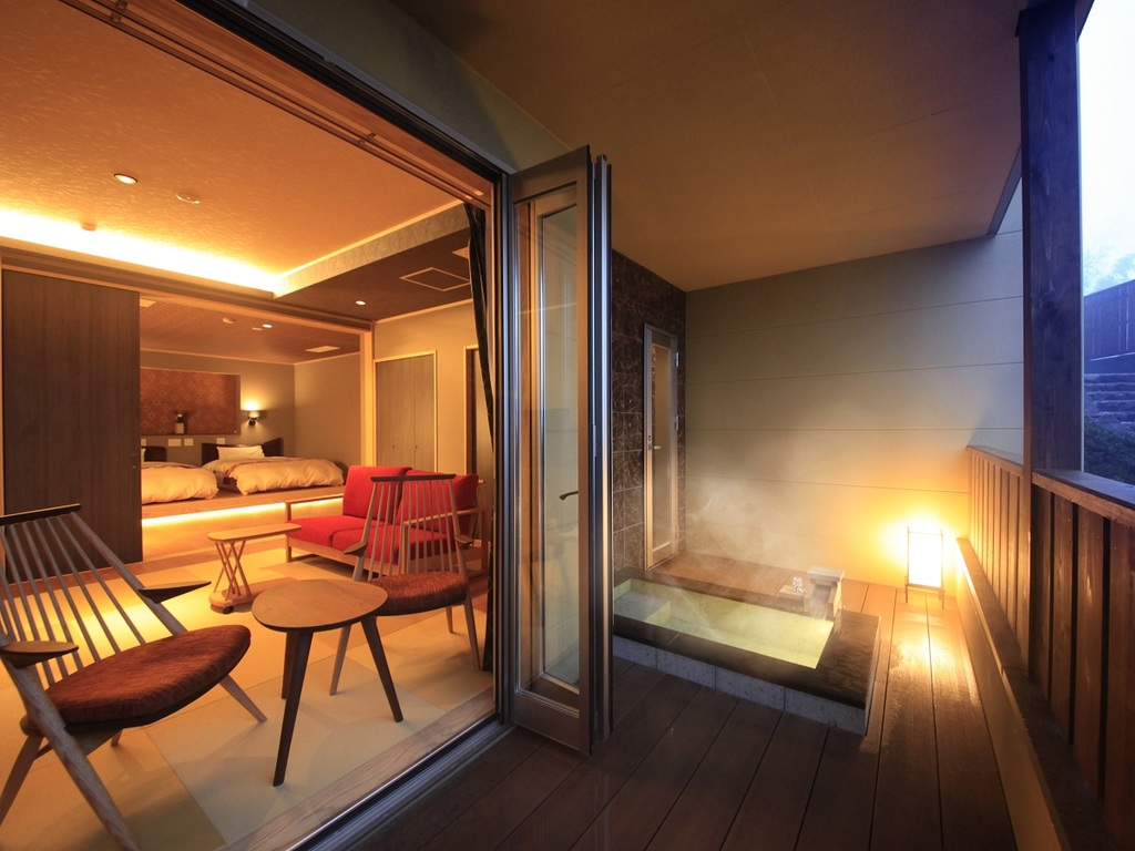 優雅な箱根旅を露天風呂付きの客室で実現