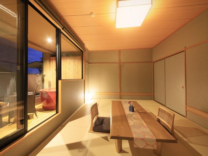 【本館】露天風呂付き和室12畳(一例)