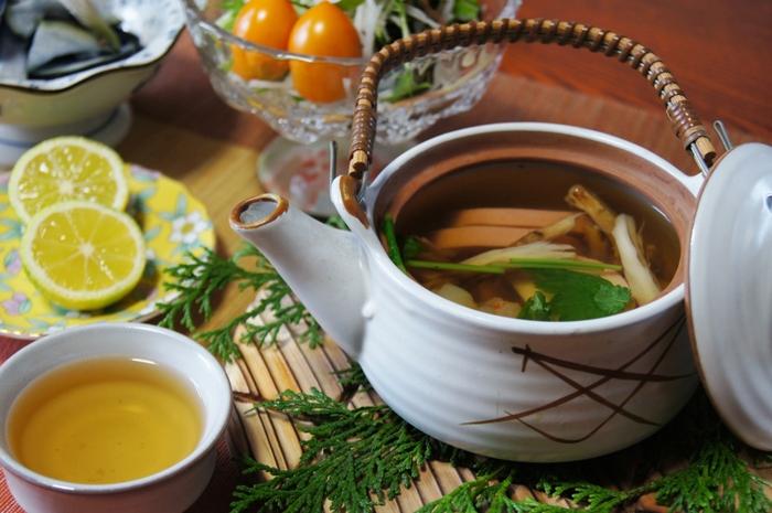 松茸の香りと旨味が溢れる『松茸土瓶蒸し』