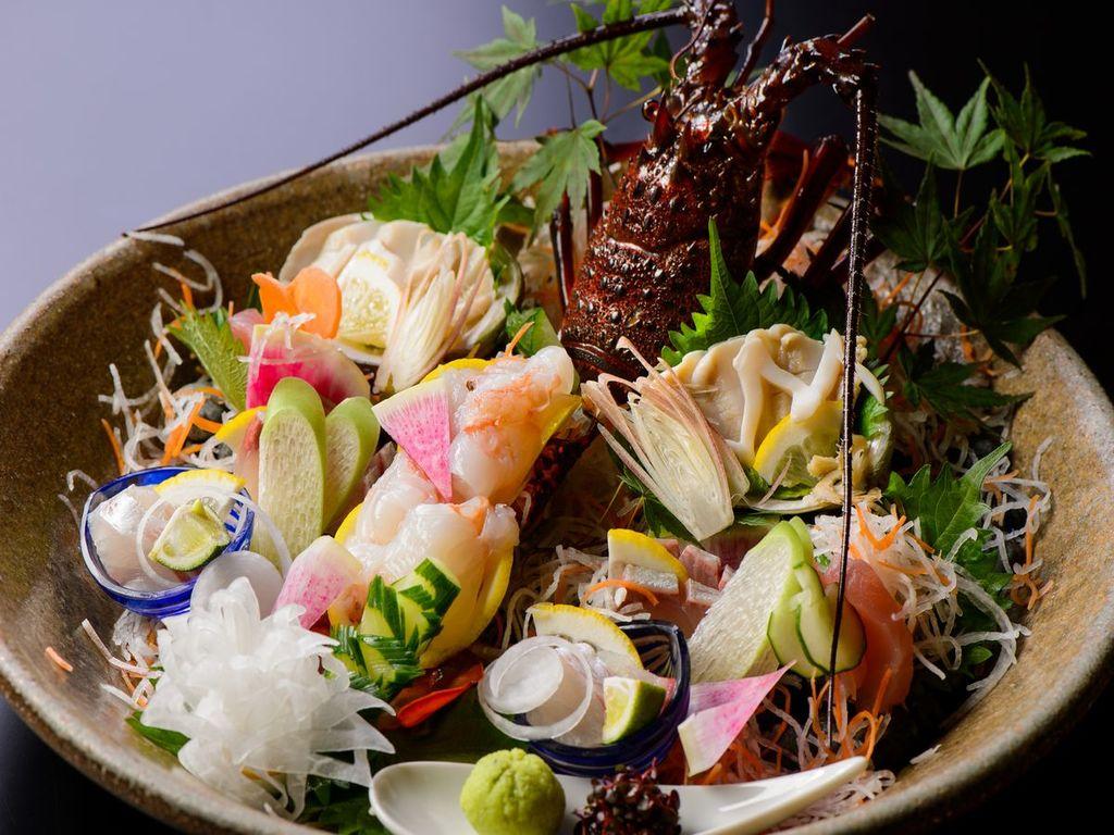 伊勢海老姿造里と鮑造里 本日の鮮魚三種