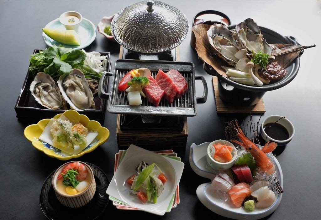 お食事のイメージ。※お品書きは季節や仕入れにより変わります。