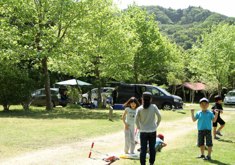 オートキャンプ(春)