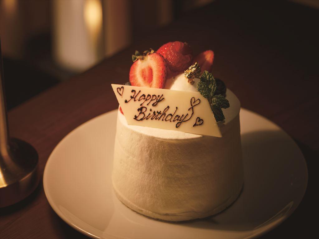 お祝いのケーキ<イメージ>