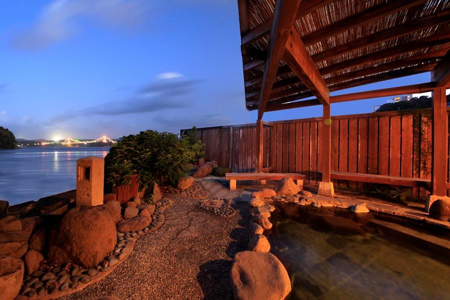 開放感抜群の海望露天風呂