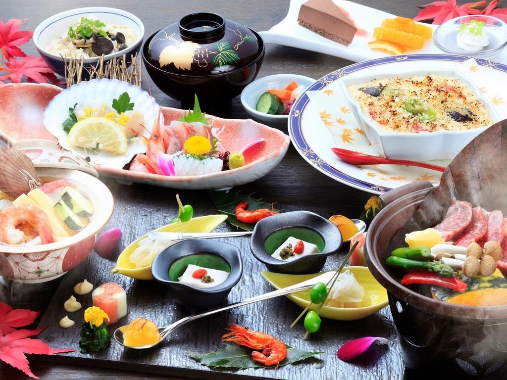 海鮮を中心に旬菜と地物を活かした秋のスタンダード会席 ※写真は一例
