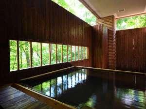 お得なプランで、夕に朝に気の向くままに湯浴みする贅沢を(写真は一例です)。